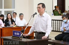 Trial of ex-minister of industry and trade, accomplices reopens