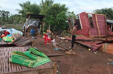 Strong winds destroy hundreds of houses in Cambodia