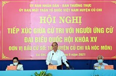 State President Nguyen Xuan Phuc meets voters in Ho Chi Minh City