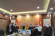 Vietnam Buddhist Sangha presents medical supplies to help India fight COVID-19