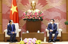 Vietnam gives high priority to relations with Cambodia: top legislator