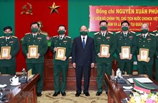 President inspects combat readiness in Military Region 7
