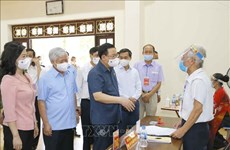 NA Chairman examines elections in Bac Ninh, Bac Giang provinces