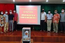 Vietnamese in Cambodia donate to COVID-19 vaccine fund