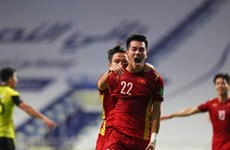 Vietnam win 2-1 victory over Malaysia, taking huge step to World Cup qualification's third round