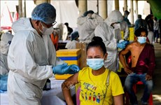 COVID-19 vaccination drives ongoing in Cambodia, Malaysia