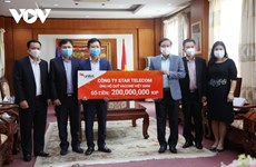 Vietnamese-Lao joint venture contributes to national vaccine fund