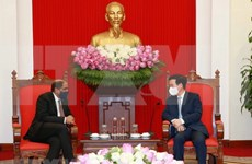Vietnam attaches importance to cooperation with Singapore