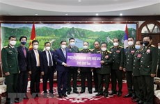 Lao Defence Ministry supports Vietnam's COVID-19 control fund