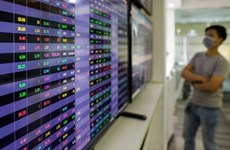 New money into stock market slows down, growth may miss targets