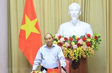 President hails garment sector for growth amid COVID-19 pandemic