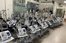 VPBank hands over more than 1,000 ventilators to pandemic-hit southern region
