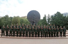 Vietnamese team pays tribute to President Ho Chi Minh ahead of Army Games