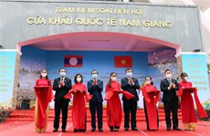 Vietnam, Laos officially launch Nam Giang – Dakta Ok int'l border gates