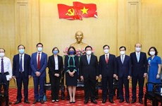 Vietnam, Australia move to set up joint research centre