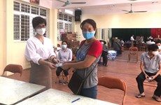 Hanoi offers over 33 million USD worth of financial aid to pandemic-hit people
