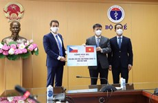 Vietnam receives over 250,000 doses of COVID-19 vaccines from Czech Republic