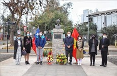 Tribute paid to President Ho Chi Minh on National Day in Chile, Russia