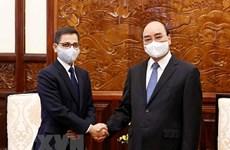 President Nguyen Xuan Phuc hosts Indian Ambassador