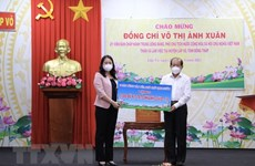 Vice President delivers COVID-19 aid to Dong Thap