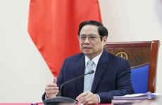 PM calls on COVAX to quickly provide COVID-19 vaccines for Vietnam