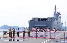 Three Australian warships visit Vietnam