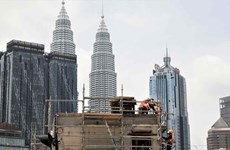 Malaysia aims to become high-income country by 2025