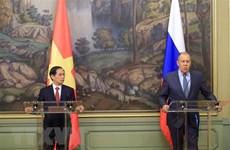 Russian media highlight Vietnamese FM's visit