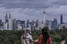 Malaysia spends over 80 bln USD to revive economy