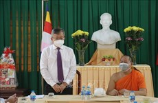 Can Tho officials congratulate local Khmer on Sene Dolta Festival