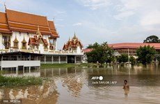Storm Dianmu submerges temples in Thai city