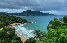 Thailand pins hope on tourism resumption to promote economic growth