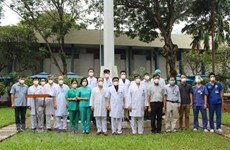 HCM City sends health workers to aid other localities in COVID-19 combat