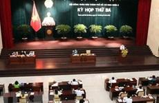 HCM People's Council looks into urgent matters