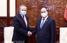President hosts outgoing Algerian Ambassador