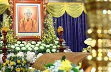 President Nguyen Xuan Phuc pays tribute to Vietnam Buddhist Sangha leader Thich Pho Tue