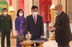 Cambodian King lauds thriving cooperation with Vietnam