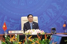 PM proposes two key tasks of ASEAN at bloc's 38th summit