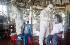 Quang Binh provides effective support for Laos' Khammouane province in COVID-19 fight