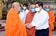 PM thanks religious dignitaries, followers for contributions to pandemic fight