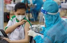 HCM City starts vaccinating school children against COVID-19