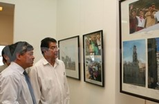 Photo exhibition brings Vietnam, Cuba closer together
