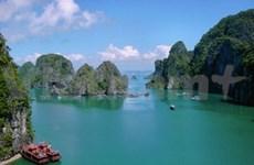 Ha Long Bay enters third phase of world voting