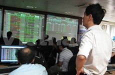 Two bourses see boom before weekend