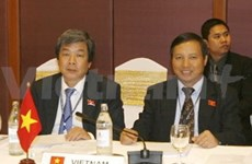 Vietnam puts forth three initiatives at AIPA-30