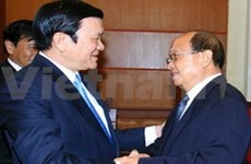 Committees vow closer ties for improved Vietnam-Lao friendship