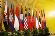 ASEAN officials agree to boost economic integration