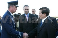 President Triet arrives in Chile for state visit