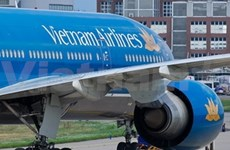 Vietnam Airlines crew held for gold smuggling suspicion