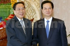 PM Dung meets with Lao, Cambodian leaders